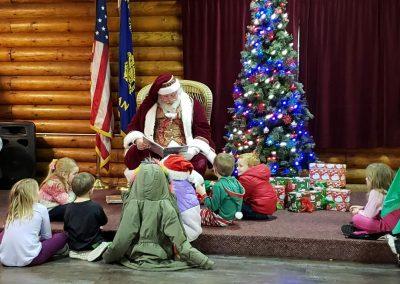Santa Dan Reading To Children At The VFW